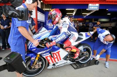 MotoGP – Barcellona QP1 – Pole per Lorenzo davanti a Rossi e Stoner
