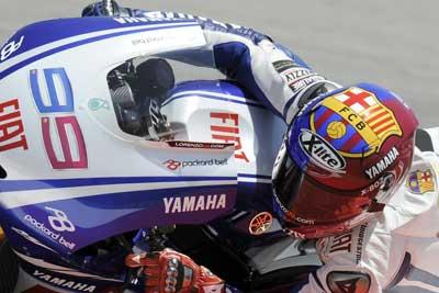 MotoGP – Barcellona – Microfono a Valentino Rossi, Jorge Lorenzo e Casey Stoner