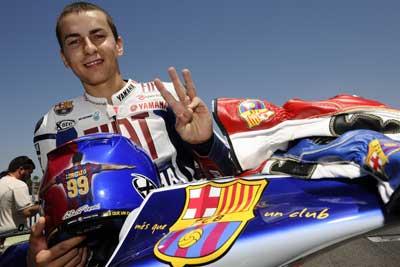 MotoGP – Preview Barcellona – Ecco Lorenzo con  i colori del Barcellona