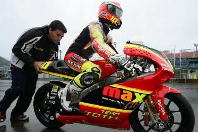 250cc – Motegi Warm Up – Imre Toth a sorpresa