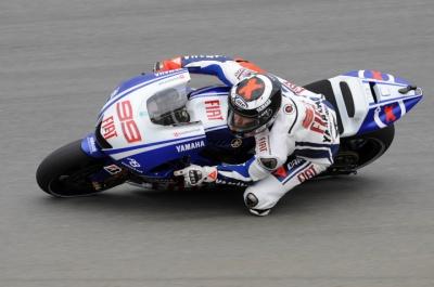 MotoGP – Sachsenring FP2 – Jorge Lorenzo in testa seguito da  Casey Stoner, Rossi 5°