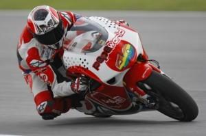 250cc – Valencia FP1 – Barbera al comando, sesto Simoncelli
