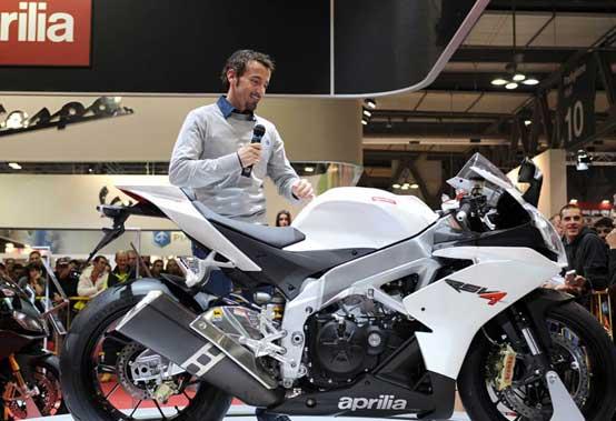 Max Biaggi replica all'intervista sulla MotoGP