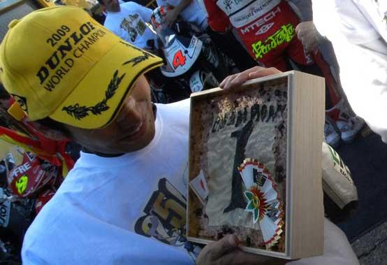 250cc – Acerbis firma il titolo di Hiroshi Aoyama