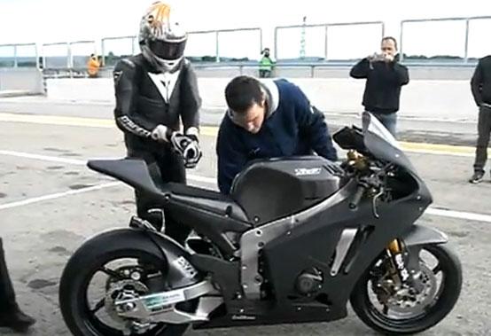 Moto2 – La moto del Team Tech3 è scesa in pista con Florian Marino