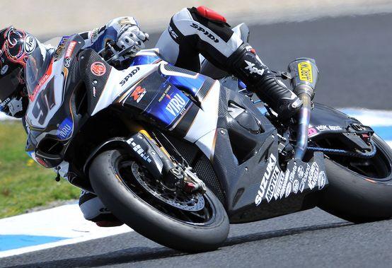 Superbike – SuperPole Phillip Island – Domina Leon Haslam seguito da Fabrizio e Crutchlow