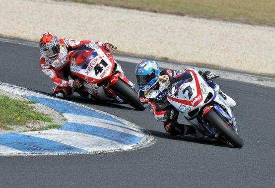 Superbike – Phillip Island – Carlos Checa in pole provvisoria