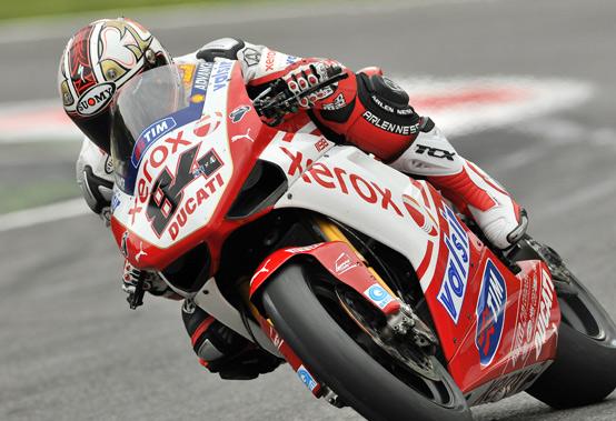 Superbike – Qualifiche 1 Kyalami – Fabrizio è il più veloce, seguono Crutchlow e Rea