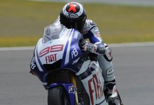 MotoGP – Le Mans Day 1 – Qualche piccolo problemino per Jorge Lorenzo