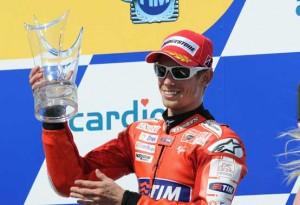 """MotoGP – Casey Stoner critica i piloti con la """"valigia"""""""