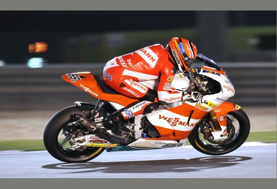 Moto2 – Losail qualifiche – Bradl beffa Marquez, segue Luthi