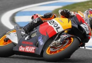 MotoGP Estoril, microfono a Lorenzo, Simoncelli e Pedrosa