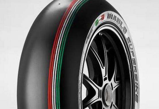Superbike Monza: Superpole con pneumatici Pirelli Tricolore