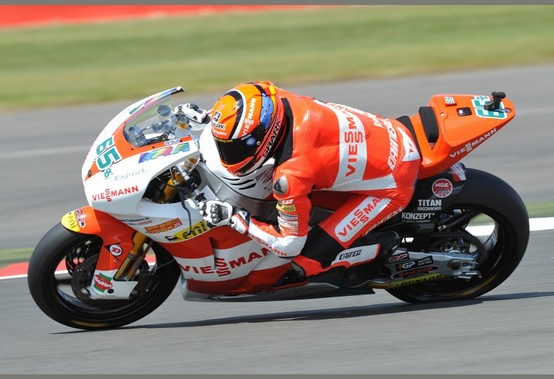 Moto2 Assen, Prove Libere 2: Bradl davanti a Redding