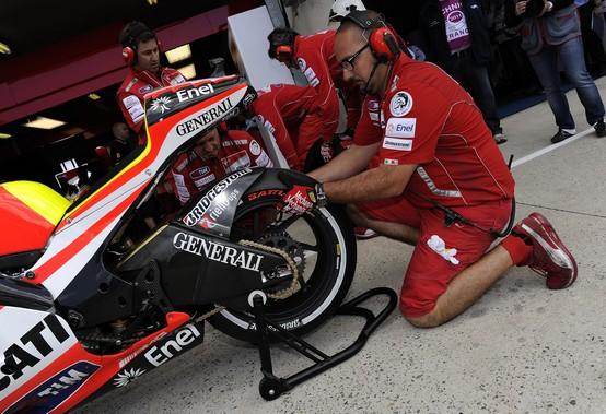 MotoGP: In Catalunya Bridgestone porta il pneumatico posteriore asimmetrico