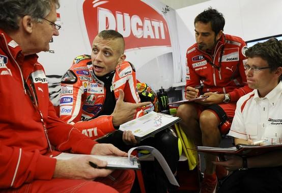 MotoGP Assen, Warm Up: Rossi prima della pioggia