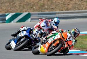 Superbike Brno: Microfono a Biaggi, Melandri e Checa