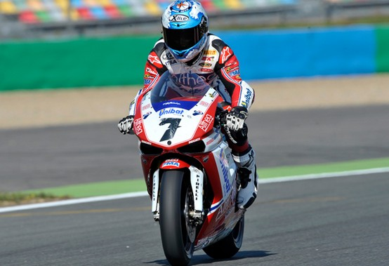 Superbike Magny-Cours: Checa davanti anche nelle qualifiche