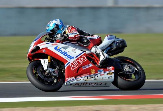 Superbike Magny Cours: Checa vince ed è Campione del Mondo