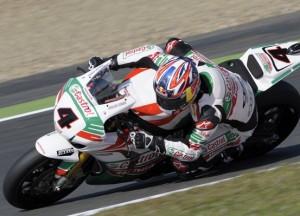 Superbike Magny-Cours: Rea, Superpole e nuovo record della pista