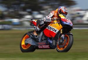MotoGP Phillip Island: Jorge Lorenzo non ce la fa, a Casey Stoner basterà un sesto posto per laurearsi campione