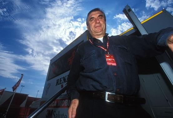Il Dr. Claudio Costa smentisce il suo ritiro e anzi rilancia
