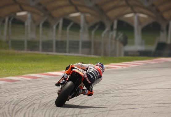 MotoGP: Test Sepang Day 2, Alle ore 17 Stoner è in testa, Rossi sesto