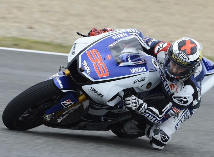 MotoGP Le Mans: Dominio di Lorenzo, Rossi sul secondo gradino del podio