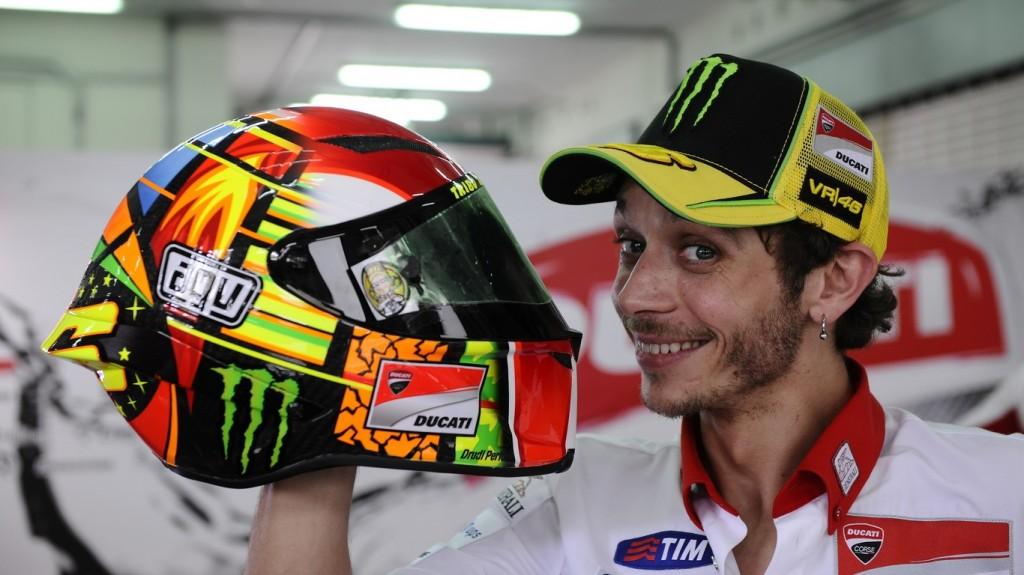 MotoGP: Valentino Rossi risponde alle domande dei tifosi