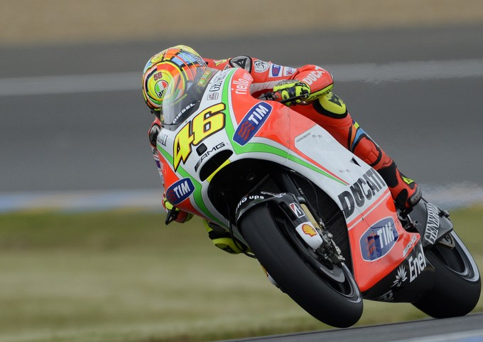"MotoGP Le Mans, Prove Libere: Valentino Rossi ""Manca grip in uscita di curva"""