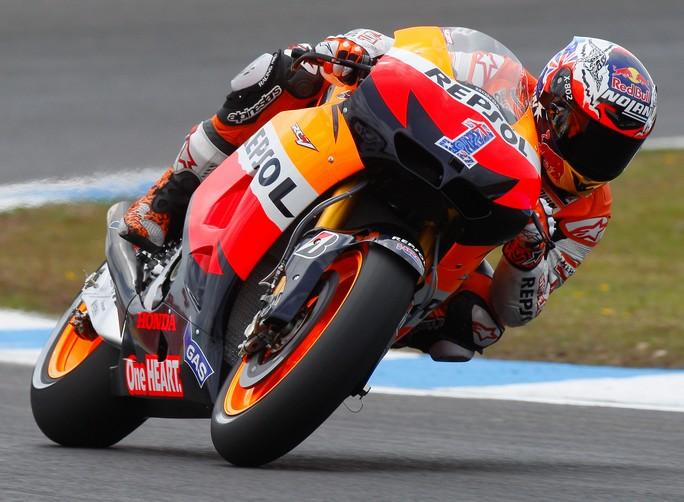 MotoGP Estoril, Qualifiche: Prima pole del 2012 per Casey Stoner