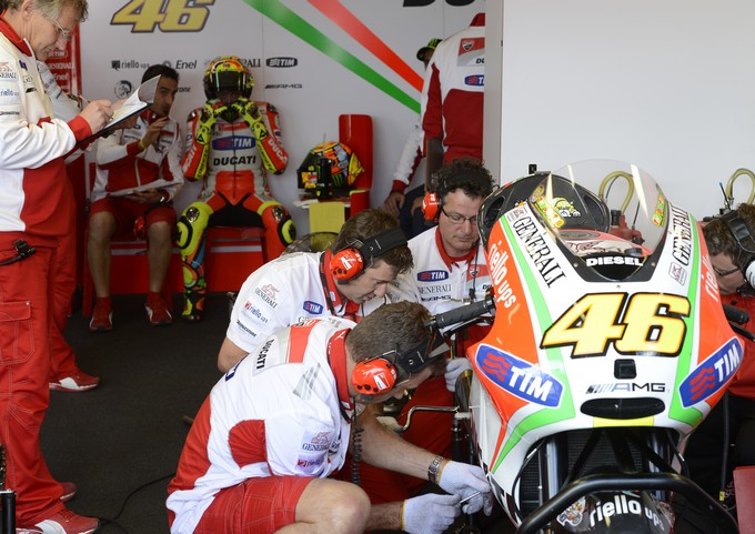 MotoGP Estoril: Test cancellati per il maltempo