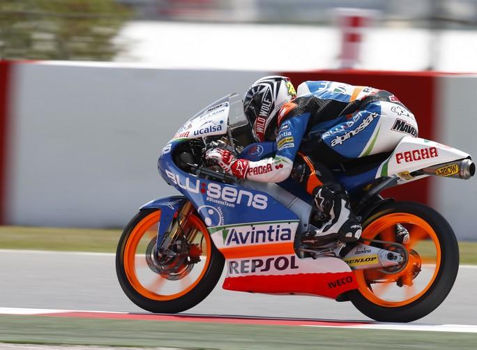 Moto3 Barcellona, Qualifiche: Seconda pole consecutiva per Vinales