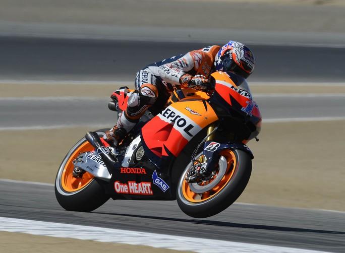 MotoGP Laguna Seca, Warm Up: Casey Stoner al comando