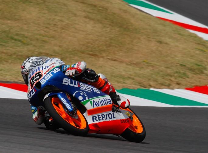 Moto3 Mugello, Qualifiche: Quarta pole del 2012 per Maverick Vinales