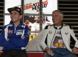 "MotoGP: Giacomo Agostini: ""Rossi contro Lorenzo in Yamaha? Sarà un bel derby"""
