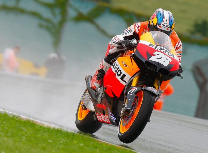 MotoGP Sepang: Vince Pedrosa, gara interrotta e Lorenzo 2° per il disappunto della Honda