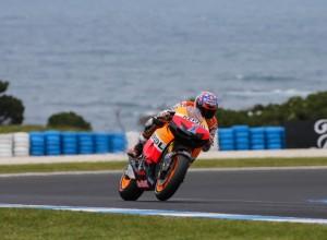 MotoGP Phillip Island, Qualifiche: Caduta e Pole position per Casey Stoner