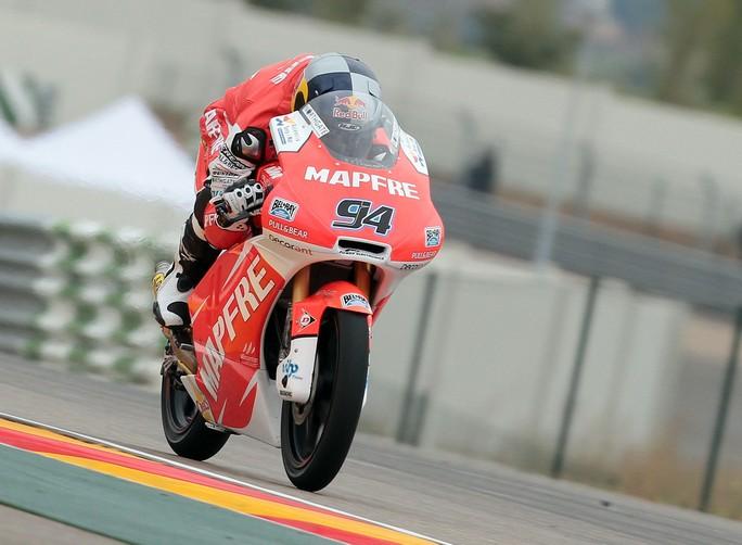 Moto3 Valencia, Qualifiche: Pole position per Jonas Folger