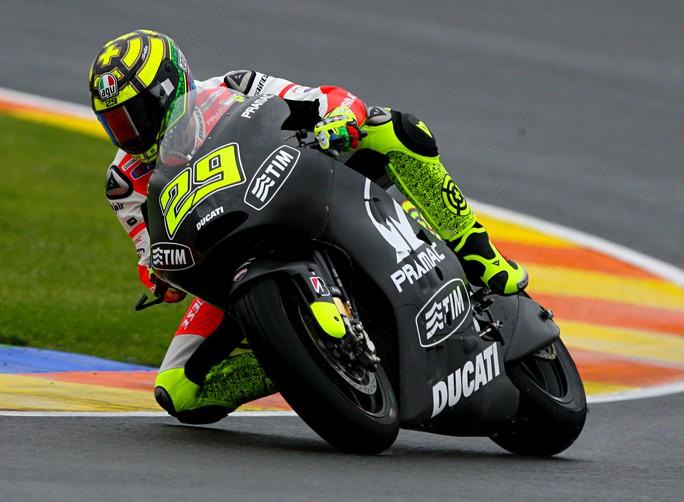 """MotoGP: Test Valencia Day 1, Andrea Iannone """"Devo capire ancora tante cose"""""""
