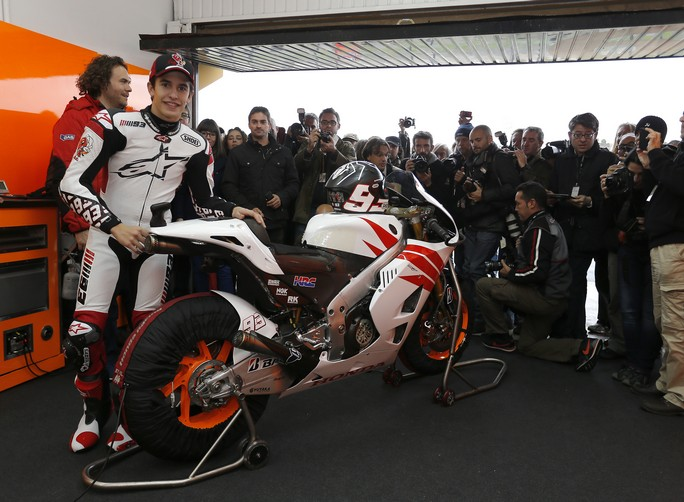 "MotoGP: Test Valencia, Marc Marquez ""Devo adattarmi alla moto"""
