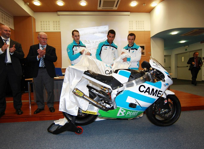 MotoGP: Tre Team CRT a Sepang, Aoyama ancora in dubbio
