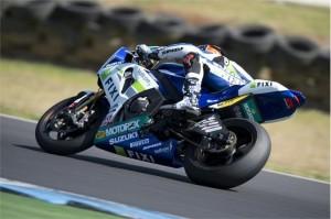 Superbike: Leon Camier è il più veloce dei primi test ufficiali a Phillip Island