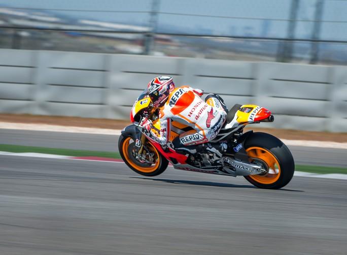 Marc Marquez in azione ad Austin con la sua Honda RC213V