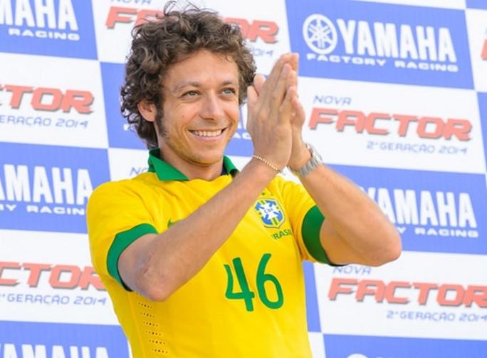 MotoGP: Valentino Rossi visita la Yamaha Brasile