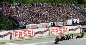 """Superbike: Ancora cinque giorni per """"conoscere"""" il podio di Monza, Sykes vince il ricorso"""