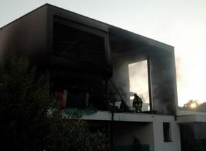 MotoGP: In fiamme l'attico di Jorge Lorenzo