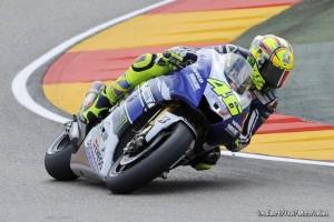 MotoGP Aragon, Prove Libere 3: Rossi al comando in una sessione condizionata dal meteo