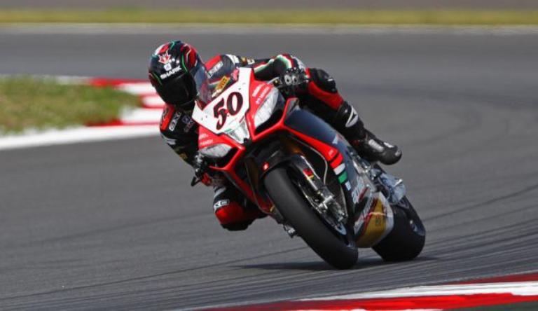 Superbike Magny Cours: Sylvain Guintoli é il più veloce nelle prime qualifiche