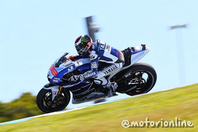 MotoGP Phillip Island, Qualifiche 2: Lorenzo, pole con record, Rossi è terzo